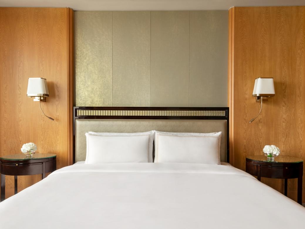 Specialty Suite 12