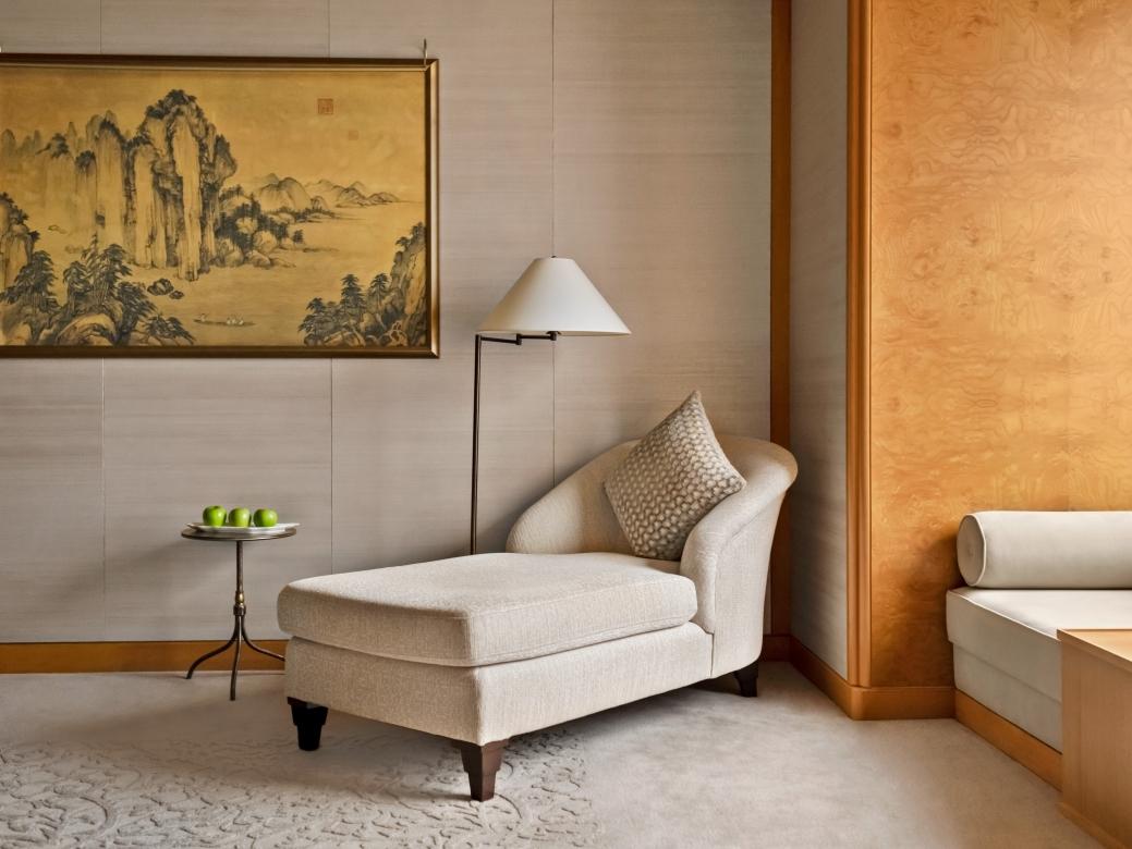 Presidential Suite Bedroom4
