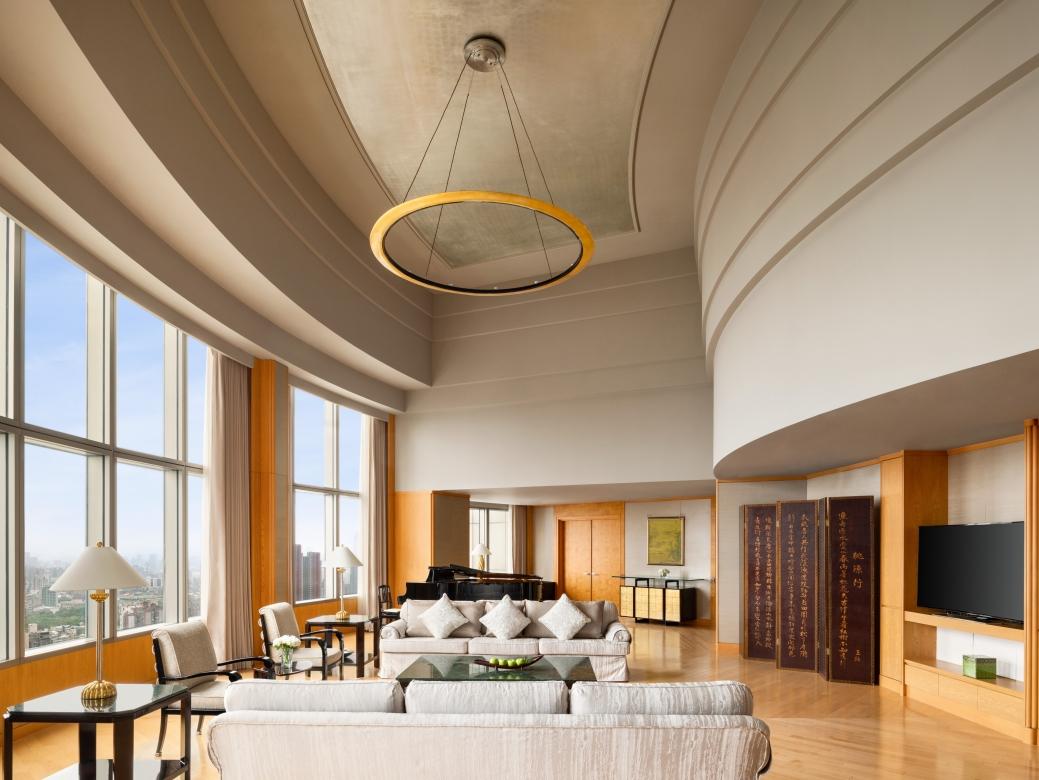 Presidential Suite Bedroom 1