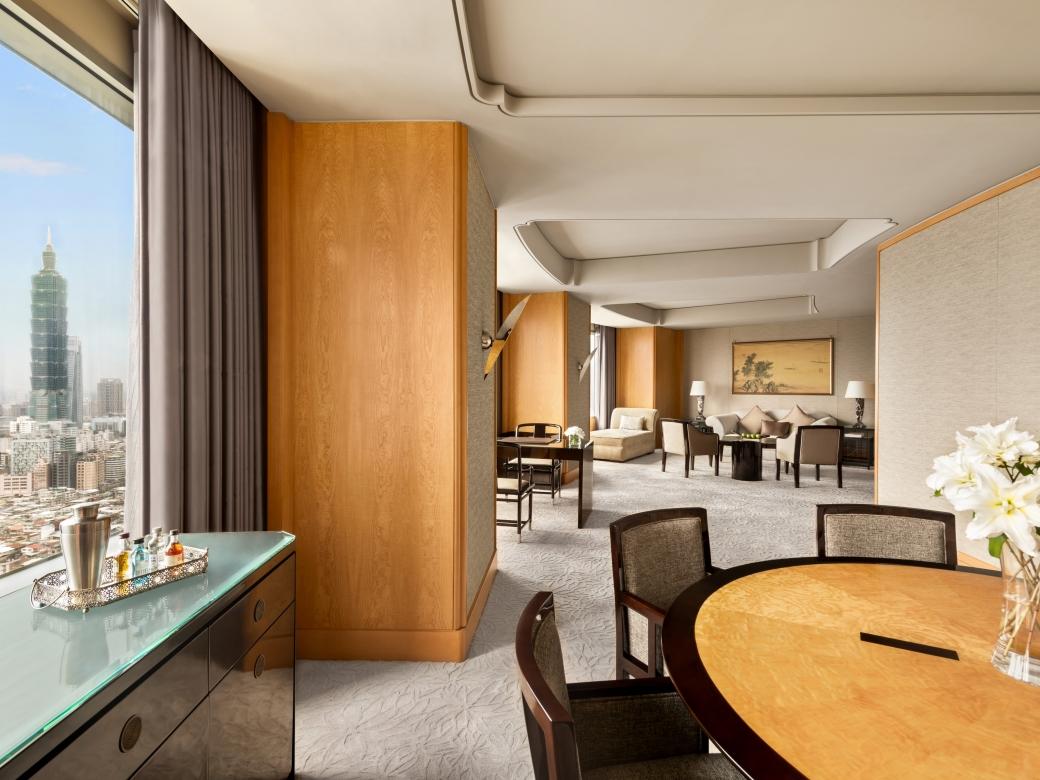 Specialty Suite3
